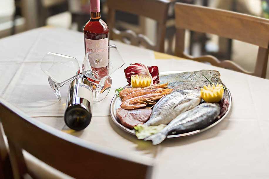 Tisch Ristorante La Ruffa